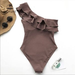 Cupshe one shoulder one piece